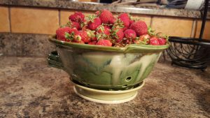 Doing Earth Pottery Handmade Berry Colander
