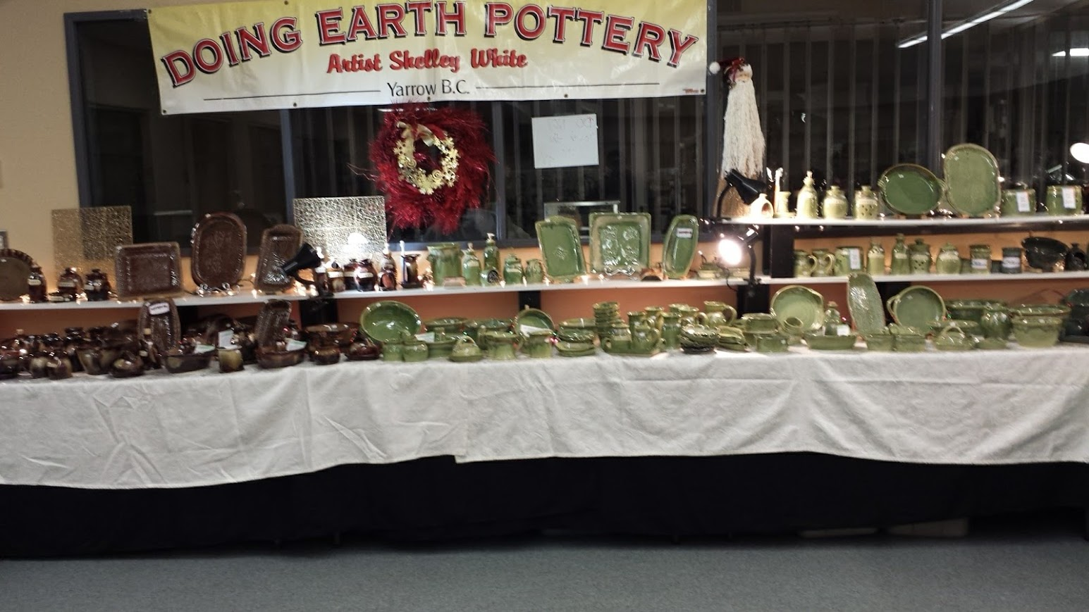 Doing Earth Pottery Chilliwack Christmas Art Market